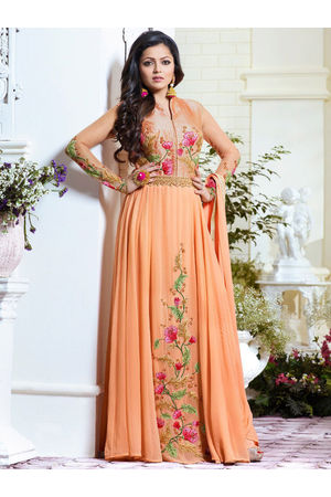 Drashti Dhami Embroidered Long Anarkali Suit_16