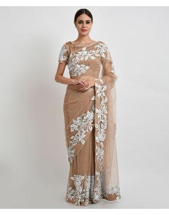 nude-images-sarees