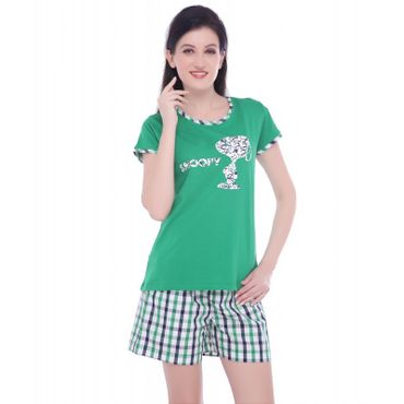 Top & Shorts in Green Color