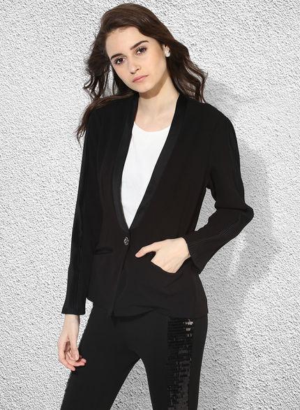 Genelia Jacket