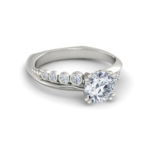 Ornaz 14Kt White Gold Diamond Isabell Solitaire Ring
