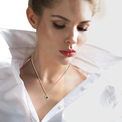 Dishi 18Kt Yellow Gold Diamond The Sweet Iniya Pendant