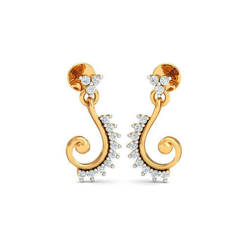 Dishi 18Kt Yellow Gold Diamond Varenya Stud Earrings
