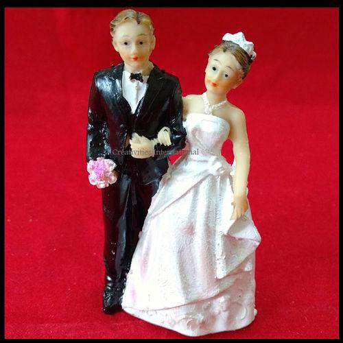 Wedding Couple Topper (Medium) 2