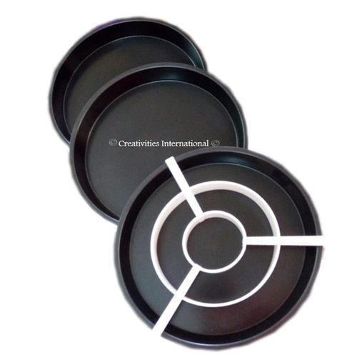 Checkerboard pan set