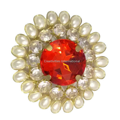 Red stone round brooches