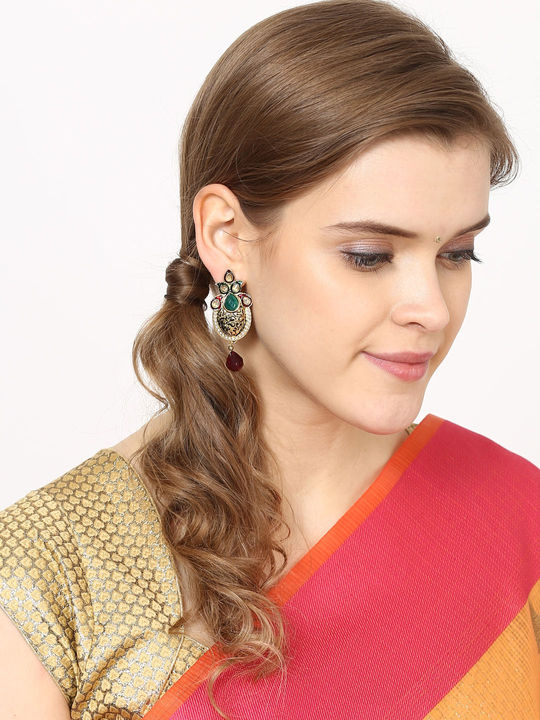 Aujjessa Drop Earring with Enamel Work