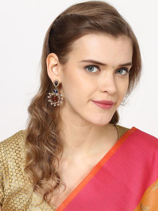 Aujjessa Drop Earring with Emerald Stone