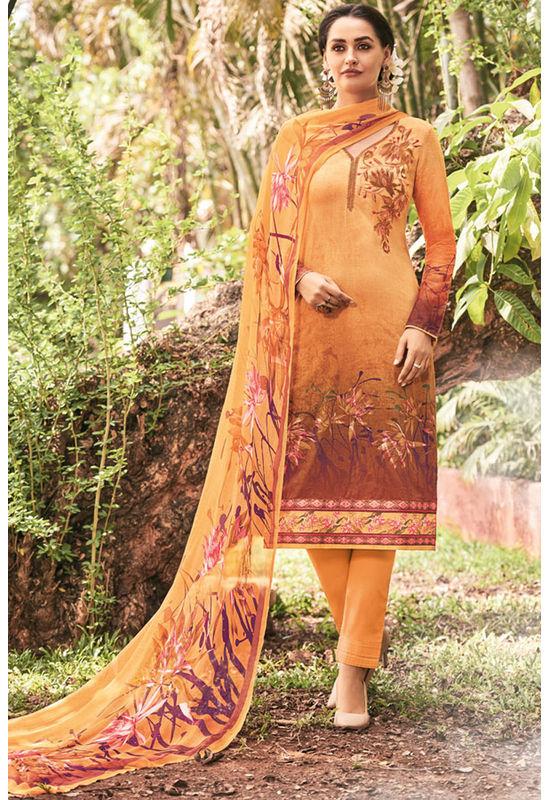 Casual Wear Straight Cotton Salwar Suit_11