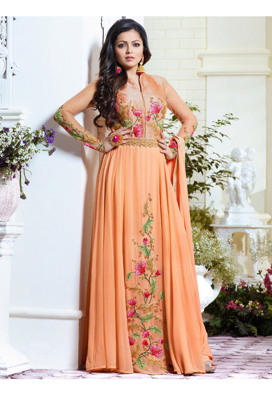 Drashti Dhami Embroidered Long Anarkali Suit_16