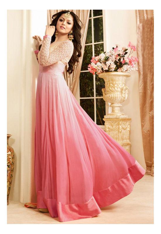 Drashti Dhami Embroidered Long Anarkali Suit_17