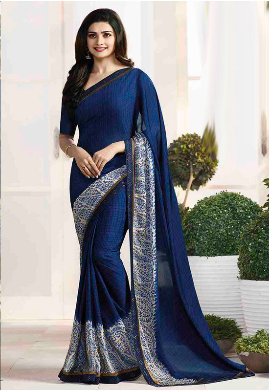 Prachi Desai in Printed Satin Saree_17976