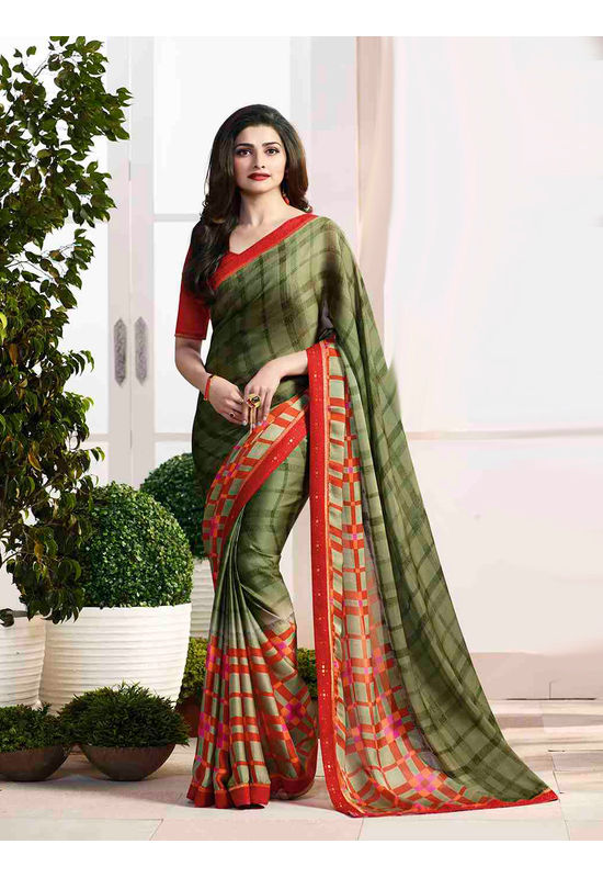 Prachi Desai in Printed Satin Saree_17978
