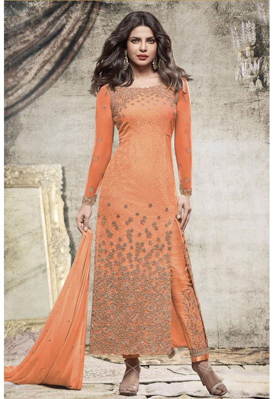 Priyanka_Chopra_Party_Wear_Straight_Suit10