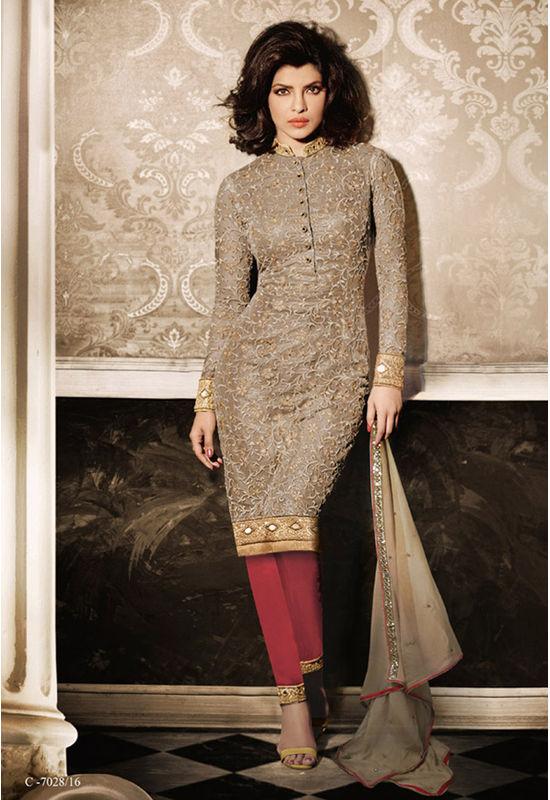 Priyanka_Chopra_Party_Wear_Straight_Suit3