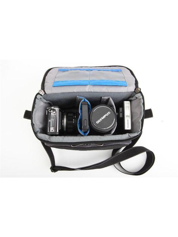 Think Tank Mirrorless Mover 20 Shoulder Camera Bag