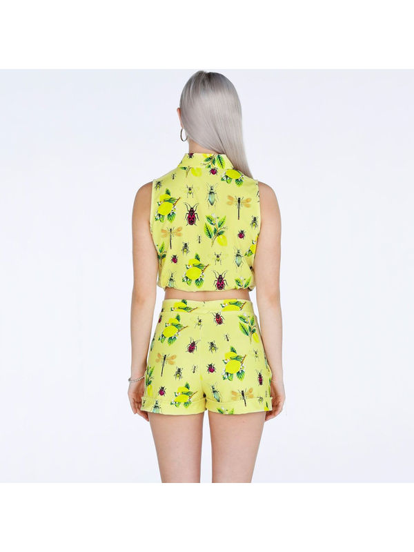 ff1f6226c541e Fresh Summer Sleeveless Cropped Top With Floral Yellow Short Pants