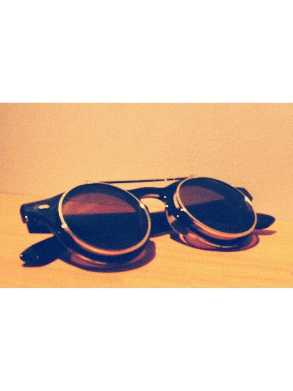 96b6bd0574 Retro Dual Flip Flap Sunglasses