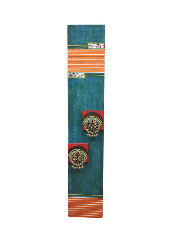 Dhokra Work Hand Painted 36 Inch Green Wooden Floor Vase Vacv083