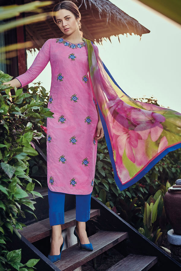 Casual Wear Straight Cotton Salwar Suit_12