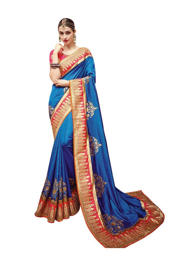 Prachi Desai Party Wear Saree_17
