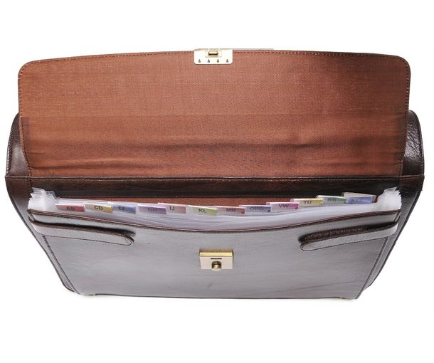 b399d8d0f95 Leather Bags India - Buy Stylish Laptop Bags Online for Men
