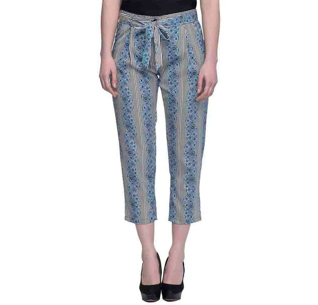 Women Blue And Black Printed Cropped Pants