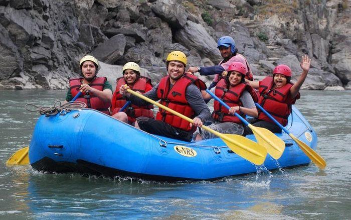 Rafting on Ganga, Byasi (2 Days)