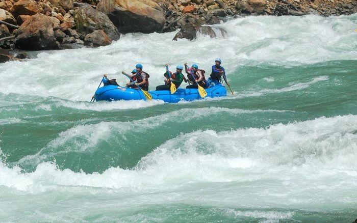 Rafting on Ganga, Byasi (3 Days)