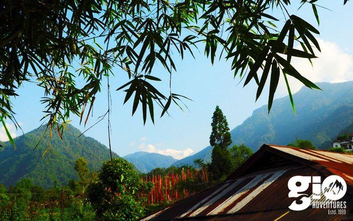 Trek to Sandakphu (Price on Request)