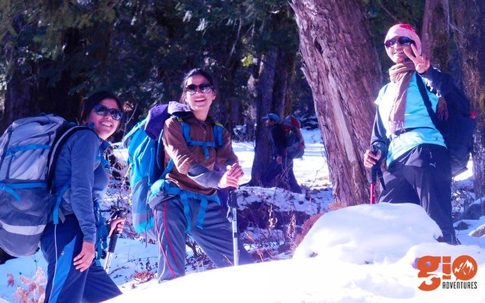 Snow Trek to Kuari Pass & Pangarchula Peak