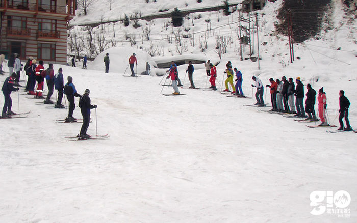 Skiing in Manali - 3 Days
