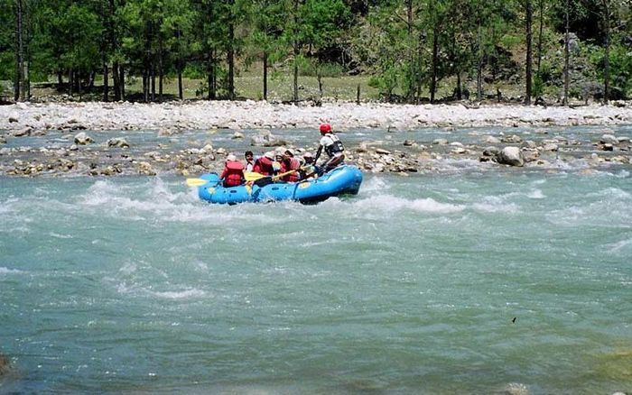 Rafting on Tons (4 Days)