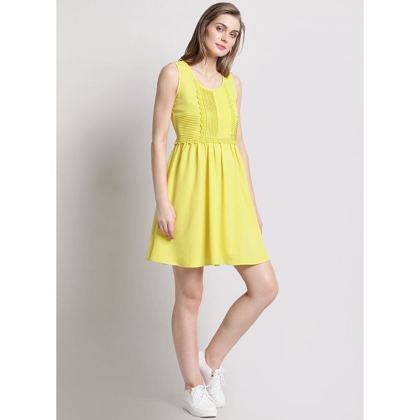 Yellow Pleated Sleeveless Dress  121bbb772