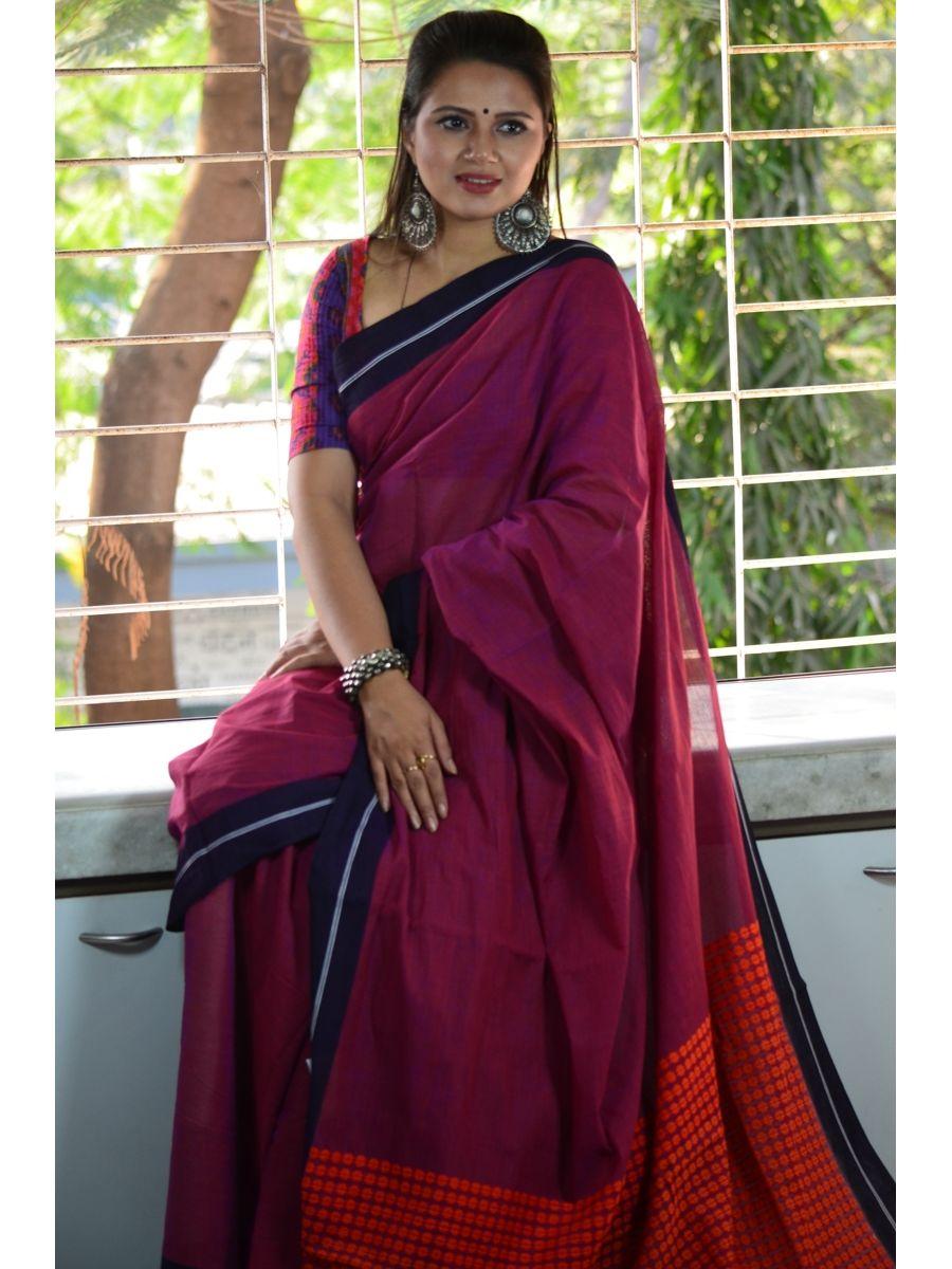 ac16528211 Pure Cotton Begumpuri Handloom Saree with a woven booti pallu