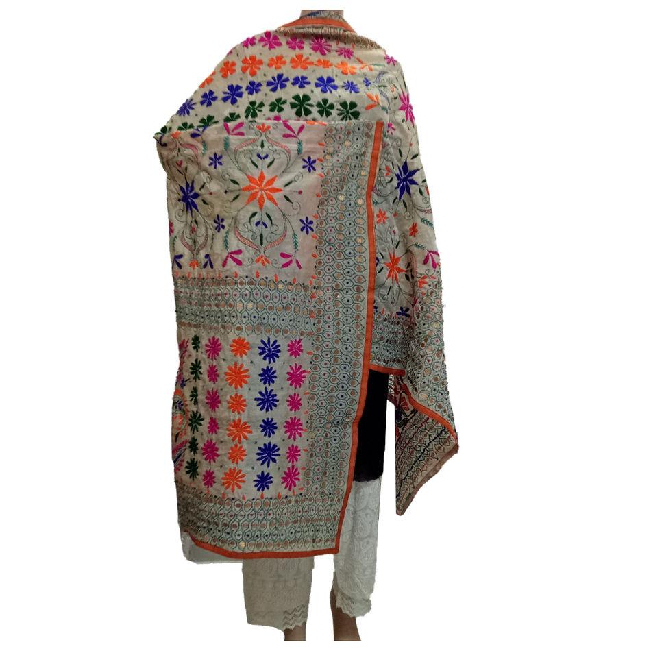 Beige Handicraft Kantha Dupatta
