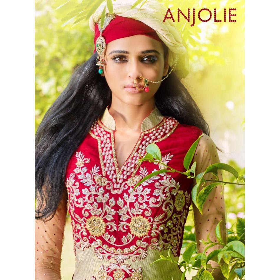 Anjolie by MF