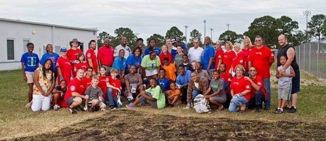 LOWE'S HEROES MAKE LASTING IMPACT ON BOYS & GIRLS CLUB