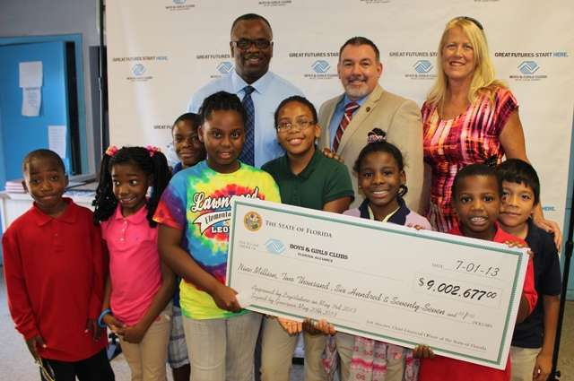 Legislative Members Help Boys & Girls Club