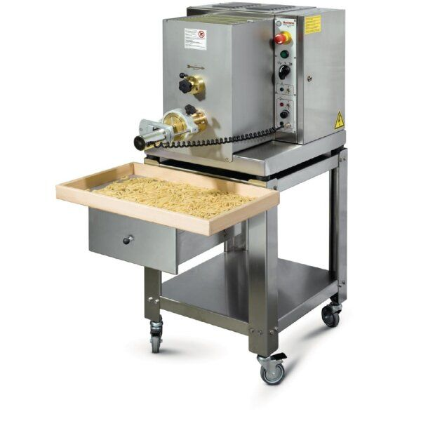 cw176 Catering Equipment