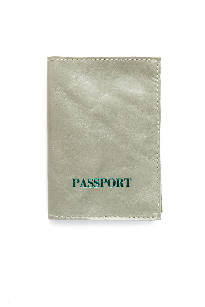 BLYTHE LEONARD Pearl Green Passport Cover - Green Accessories | Green| Blythe Leonard Pearl Green Passport Cover