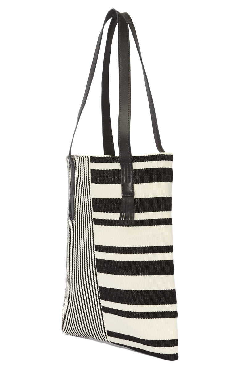 Mercado Global Caterina Tote Bag | Black Striped| Mercado Global Caterina Tote