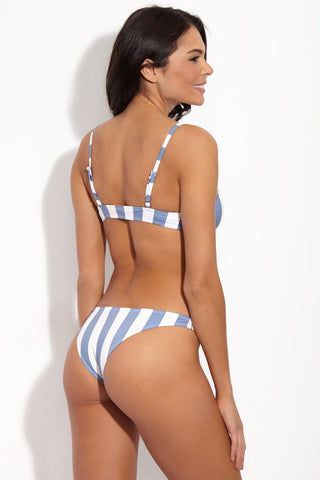 SOLID & STRIPED The Rachel Classic Bikini Top - Ice Blue & Cream Stripe Print Bikini Top | Ice Rib| Solid & Striped The Rachel Classic Bikini Top - Ice Blue & Cream Stripe Print . Sporty bralette-style bikini top in powder blue and white vertical stripe print. adjustable shoulder straps Front View
