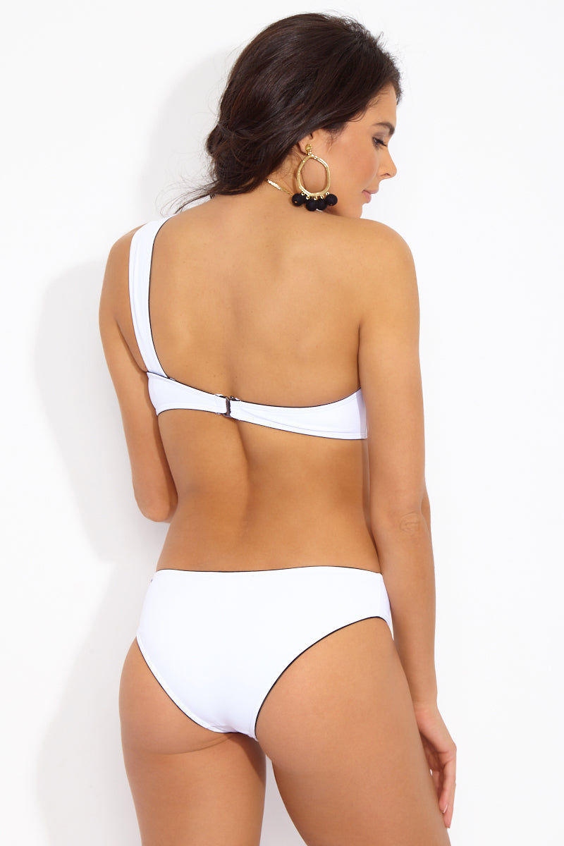 PRISM Maui One-Shoulder Bikini Top - Glacier White Bikini Top | Glacier White| Prism Maui One Shoulder Bikini Top - Glacier White Elegant one-shoulder bikini top in true white shade lined with black. Wide single shoulder strap has a modern goddess look that provides excellent support. Front View