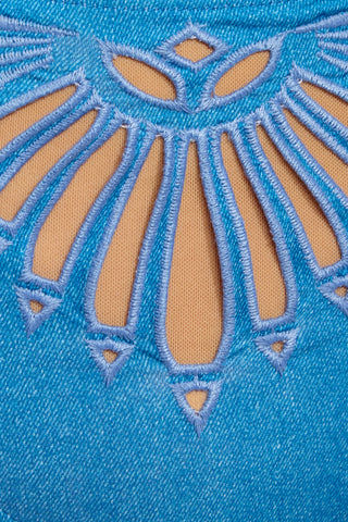 BEACH RIOT Penny Cut Out Bikini Top - Denim Bikini Top | Denim| Beach Riot Penny Cut Out Bikini Top - Denim Close Up Detail View Square neckline  Laser Cut Detail on Front   Adjustable spaghetti straps Back hook closure Poly/Spandex blend Hand wash cold; lay flat to dry Made in the USA