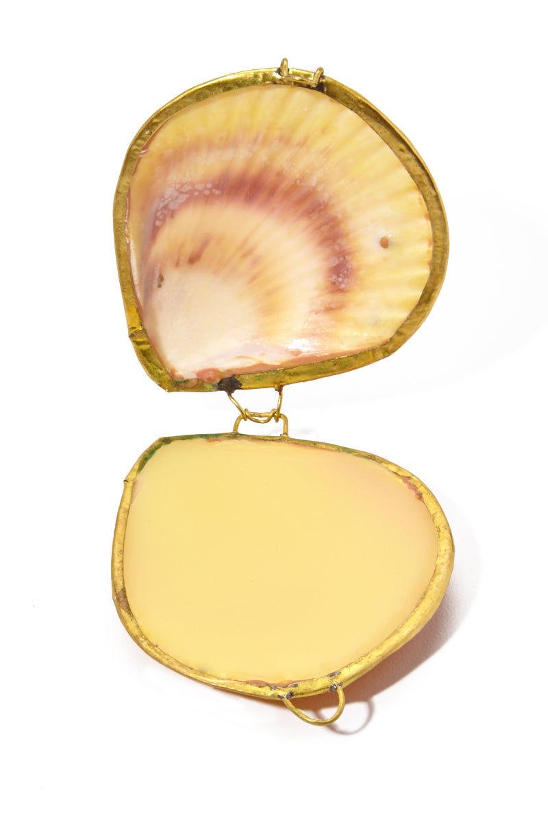 EARTH TU FACE Botanical Perfum Balm Leaves - .5 oz Beauty | EARTH TU FACE Botanical Perfum Balm Leaves - .5 oz Handmade botanical perfume scent of Leaves + Wood Shell & Gold Casing