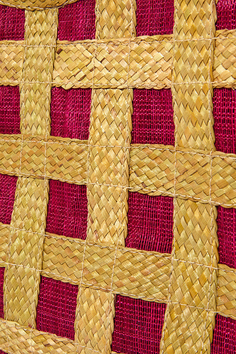 BANAGO Liliana Large Tote - Talunay Diagonal Weave Fuchsia Bag | Liliana Large Tote - Talunay Diagonal Weave Fuchsia Detail View. Features:   Large Straw Tote Double Handles Cross Weave Pattern Zipper Closure  Made in the Philippines