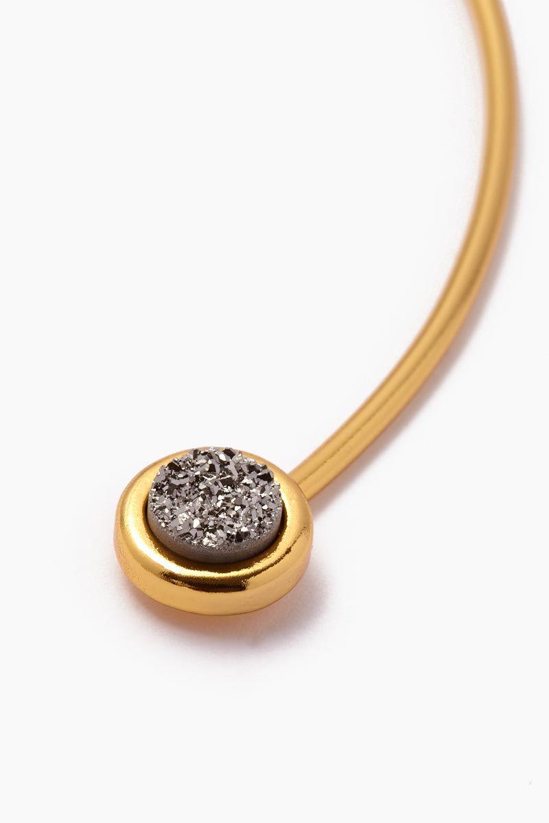 BRENDA GRANDS JEWELRY Vinca Choker Jewelry | Gold| Brenda Grands Vinca Choker close up view of silver sparkling druzy crystal