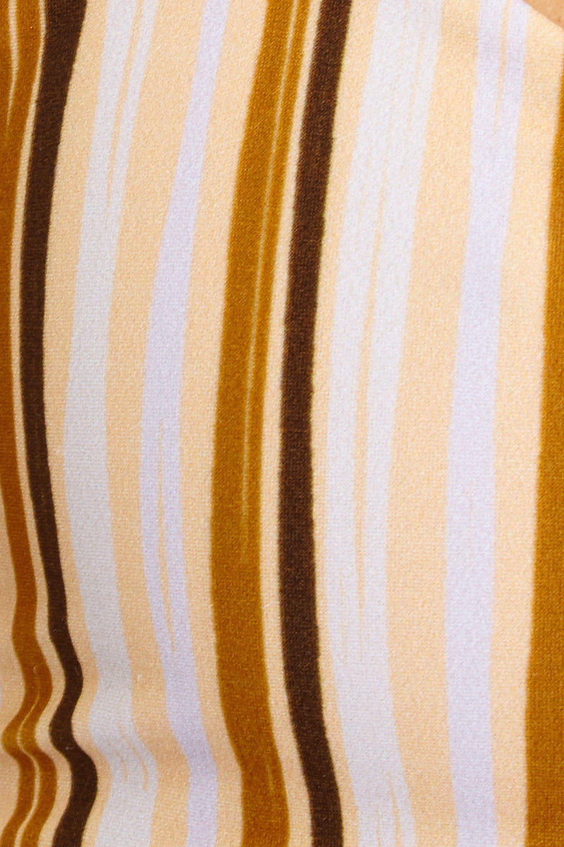 GILLIA Elsa Top - Retro Bikini Top | Retro| Elsa Top Gillia Detail View sweetheart neckline ruffle detail adjustable criss cross straps curved underbust 80% Nylon / 20% Spandex Made in Indonesia