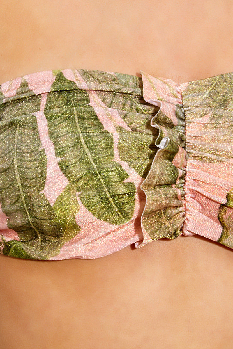 ADRIANA DEGREAS Toucan Strapless Bikini Top - Rose Salmon Bikini Top   Rose Salmon Adriana Degreas Toucan Strapless Bikini Top - Rose Salmon Features:  Bandeau bikini top Strapless Scrunch with little ruffle detail at front  Tropical print in rose salmon color Close Up View